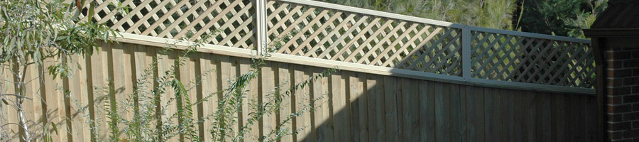 Lapped and Capped Fence With Lattice Picture