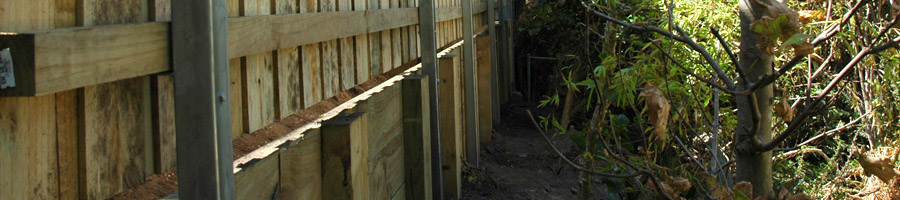 Lapped and Capped Fence Picture